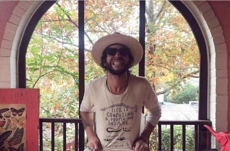 Langhorne Slim giving Major attitude.jpg
